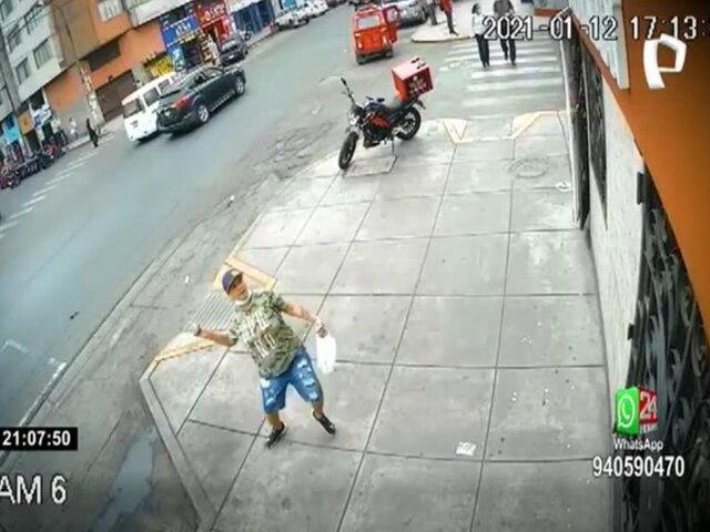 Breña: mujer ataca a pedradas un hotel por venganza