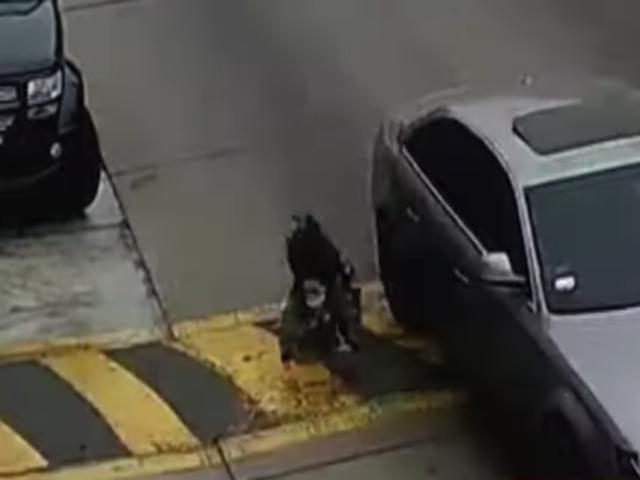 Joven arrastrada por el auto de su pareja asentó nueva denuncia contra él