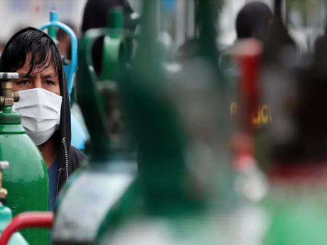 """Pilar Mazzetti: """"Subir precio del oxígeno medicinal es un crimen"""""""