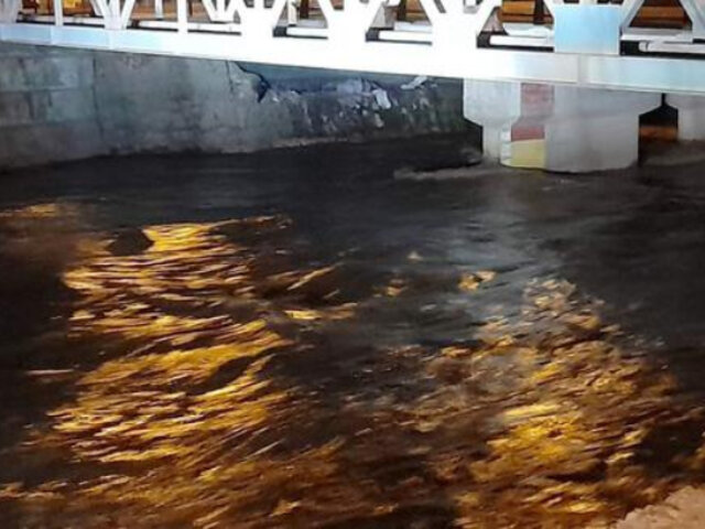 Ica: aumento del caudal de río destruye puente y deja incomunicados a dos distritos