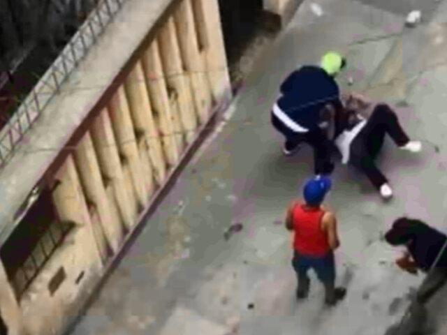 Presuntos barristas protagonizaron violenta pelea en SJM