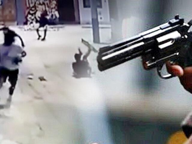 Sujeto atacó a balazos a tres personas en Carmen de la Legua
