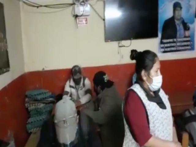 Cusco: intervienen a más de 100 personas en cantinas que no respetaban toque de queda