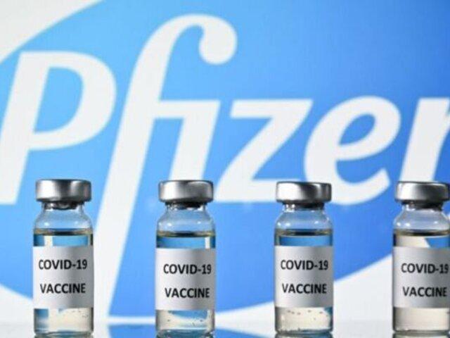 ¡Llegan hoy! Primer lote de 50.000 vacunas de laboratorio Pfizer aterrizará en suelo peruano
