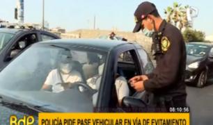 PNP realiza operativos para verificar pase vehicular en Via de Evitamiento