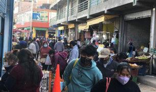 Covid-19: decenas de ambulantes toman calles del sector plataforma comercial en Arequipa