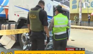 Comas: motociclista muere en accidente con tráiler