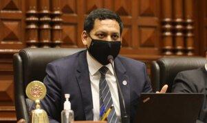 Luis Valdez reemplazará a Omar Chehade en la Comisión de Constitución