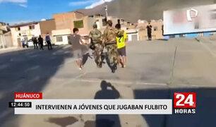 Huánuco: jovencitos son intervenidos por jugar fulbito en lozas deportivas