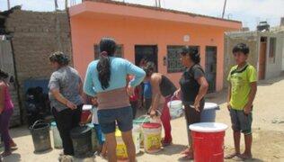 Ciudadanos de asentamiento humano en Piura protestan por corte de servicio de agua potable