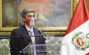 Ministro Neyra: A más tardar el miércoles se daría la primera vacunación en Perú