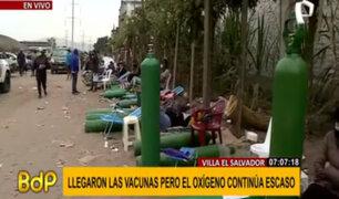 VES: ciudadanos acampan más de dos días para recargar oxígeno medicinal gratis