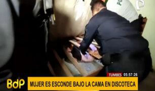 Tumbes: mujer se esconde debajo de cama en discoteca clandestina para evitar ser detenida