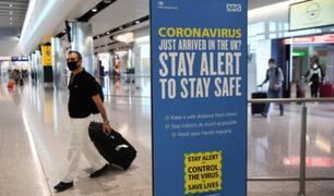 Reino Unido: viajes dentro y fuera del país quedarían prohibidos por variantes de COVID-19