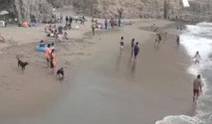 Playa La Chira: vecinos denuncian presencia de bañistas pese a prohibiciones