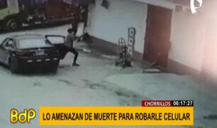 Chorrillos: delincuente amenaza con arma de fuego a hombre para robarle celular