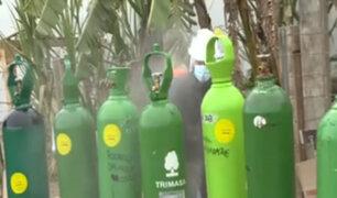 Villa El Salvador: ciudadanos se amanecen para conseguir oxígeno medicinal