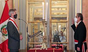 Palacio de Gobierno: Óscar Ugarte juró como  nuevo ministro de Salud