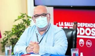 Exviceministro de Salud Pública también confirmó que se le aplicó la candidata a vacuna de Sinopharm