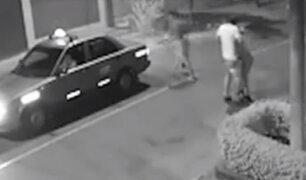 La Molina: violentamente delincuentes le arrebatan su scooter a joven