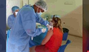 Iquitos: enfermera se vacuno contra COVID-19 y se encuentra en UCI