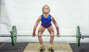 Niña de 7 años rompe récords levantando pesas en Canadá