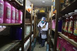 Clausuran locales que vendían artículos de limpieza sin registro sanitario