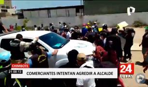Chimbote: comerciantes ambulantes intentan agredir a alcalde