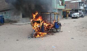 SJL: delincuentes quemaban mototaxis  a quienes se negaban a pagar cupos