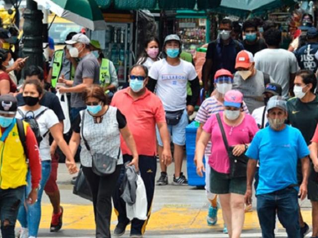 Datum: el 77 % de los peruanos se opone a un cambio de la Constitución