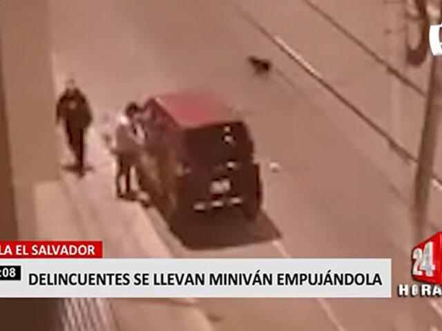 VES: vecino registró en video el robo de una miniván
