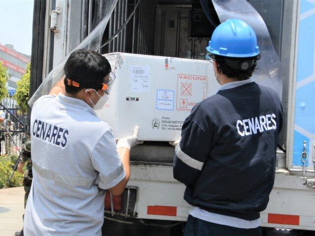 Hospital de Emergencias de VES y María Auxiliadora recibieron primeras dosis para inmunizar personal de salud
