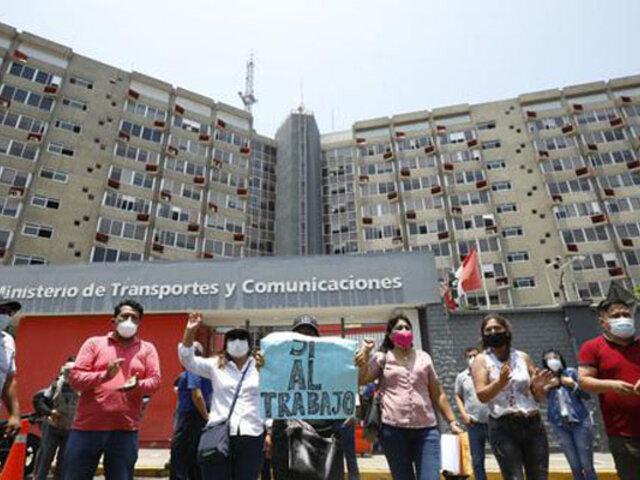 Empresarios transportistas protestan exigiendo la reactivación de los viajes interprovinciales