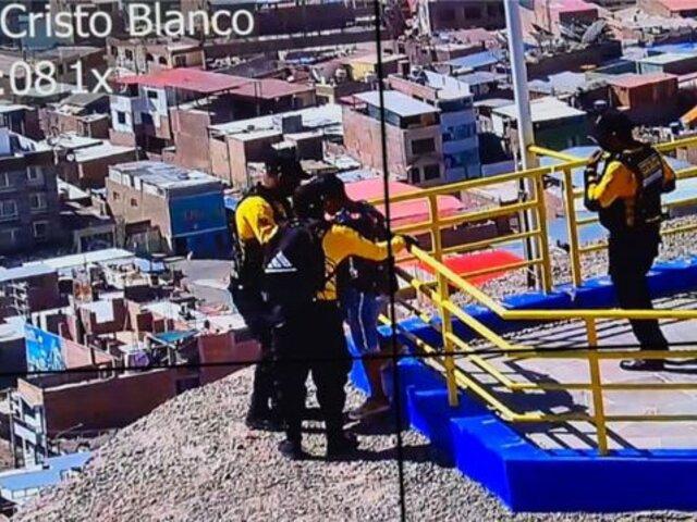 Serenos evitan suicidio de joven en Moquegua