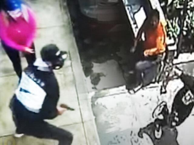 Vecinos denuncian que viven a merced de la delincuencia en Los Olivos