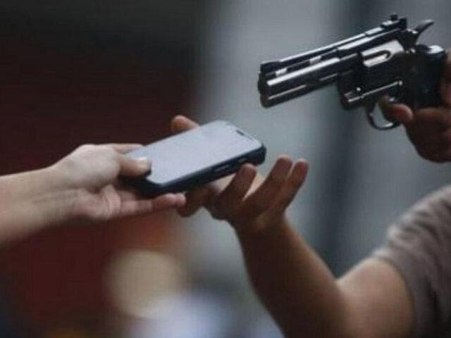 Arequipa: capturan banda que vendía por redes sociales celulares de alta gama robados