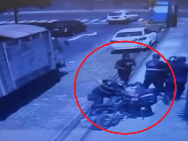 Surco: repartidor denuncia que fiscalizadores se llevaron su moto mientras entregaba pedido