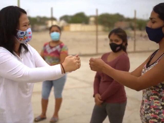 """Keiko Fujimori utiliza canción """"El Ritmo del Chino"""" para ofrecer construcción de 3 mil colegios"""