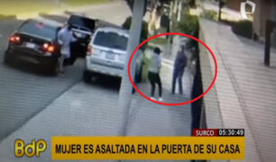 Surco: delincuentes armados asaltan a mujer en la puerta de su casa