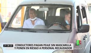 Conductores pagan sin mascarilla y ponen en riesgo a personal recaudador