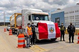 Tumbes: camión cisterna con 20 toneladas de oxígeno del Ecuador ingresó al Perú