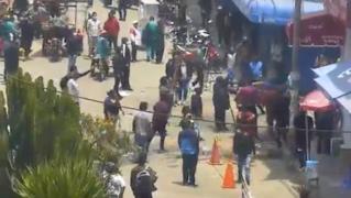 Venezolanos y peruanos se enfrentan con palos y piedras en Huancayo [VIDEO]