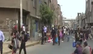 Vecinos de Manzanilla denuncian constante presencia de ambulantes , basura y delincuentes