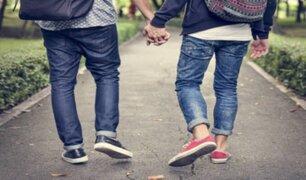 Pareja gay denunció intervención de serenos de Magdalena por darse beso en parque