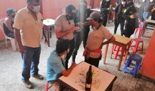 Piura: pese a restricciones por el Covid-19 intervienen a 30 personas en un bar