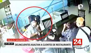VES: delincuentes asaltan a clientes de restaurante