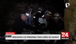 Rescatan a 24 personas tras caída de huaico en Arequipa