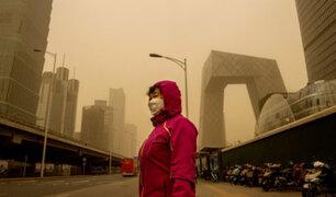China: ciudad de Pekín sumida en el caos por la mayor tormenta de arena en una década