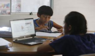 Familias denuncian falta de Internet y equipos para que sus hijos accedan a clases virtuales