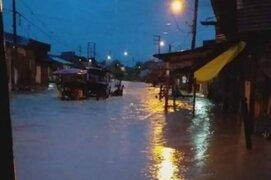 Iquitos: calles y viviendas inundadas tras torrencial lluvia con fuertes vientos